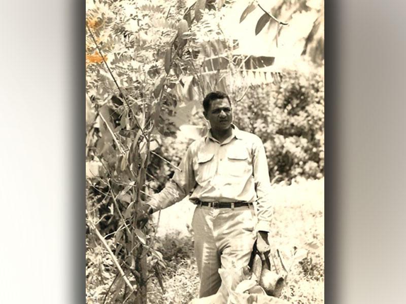 1946-robert-en-vetement-de-travail